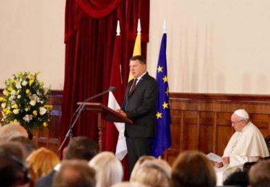 Valsts prezidenta Raimonda Vējoņa uzruna pāvestam Franciskam Rīgas pilī