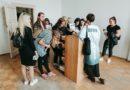 Laikmetīgās mākslas izstādes apmeklējums skolēnu brīvlaikā