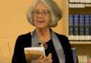 """Agates Nesaules grāmatas """"Zudušie saulgrieži"""" atvēršana"""