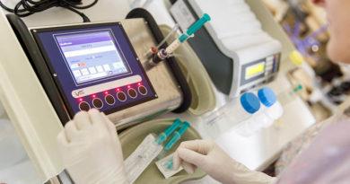 Slimnīcā uzstādīts mātes piena analizators