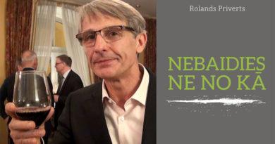 """Rolanda Priverta grāmatas """"Nebaidies ne no kā"""" atvēršana"""