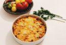 Pilngraudu Penne Rigate gatavota cepeškrāsnī ar Čedaras sieru un pikantajiem sīpoliem
