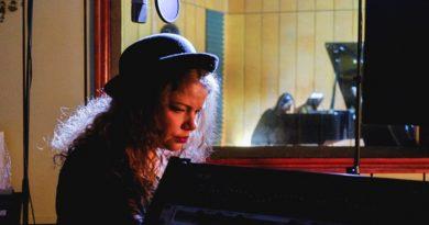 Džeza dziedātāja Inese Bērziņa izdod dziesmu un videoklipu