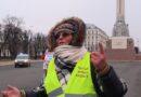 Tautas Varas frontes dalībniece: Es nesaslimšu!