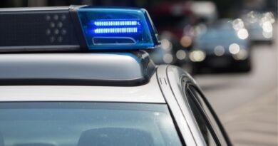 Valsts policija aptur autovadītāju, kurš steidzas uz Liepāju ar ātrumu 169 kilometri stundā
