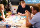 Durvis vērusi pirmā galda spēļu kafejnīca Latvijā
