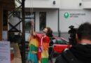 Ar karoga pacelšanu svinīgi atklāts Baltic Pride