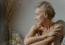 Kas mainās sievietes veselībā novecojot? Skaidro eksperti